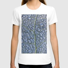 Cool water drops dew texture leaf T-shirt