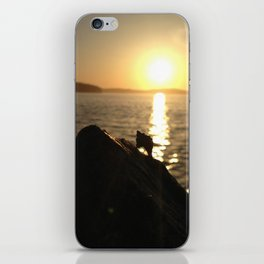 Ocean is going to sleep iPhone Skin