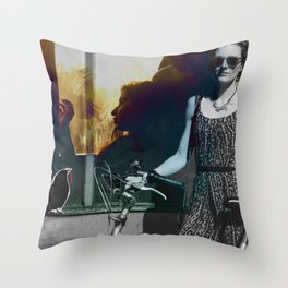 Traveling companion Throw Pillow