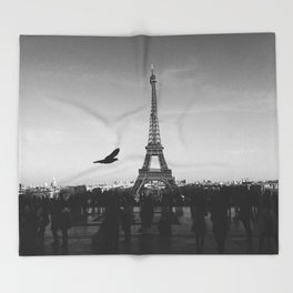 Eiffel Tower (Paris, France) Throw Blanket