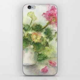 Beaux Geraniums Roses iPhone Skin