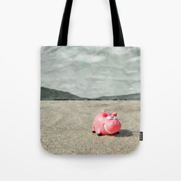 Piggy on holiday Tote Bag