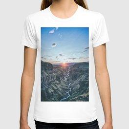 Valley sunset river T-shirt
