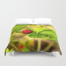 Wild strawberry Duvet Cover