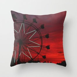 ferris wheel V Throw Pillow