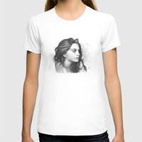 minimalist T-shirts featuring Anne Hathaway minimalist illustration by Thubakabra