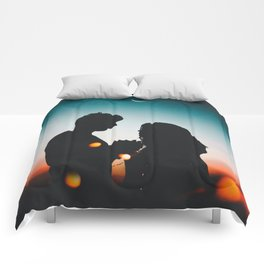 MAN - WOMAN - HANDS - LIGHTS - CIRCLES - PHOTOGRAPHY Comforters
