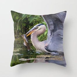 Heron and bullhead take-off Throw Pillow