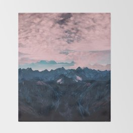Pastel mountain mood Throw Blanket