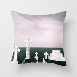 A place to rest by the ocean Throw Pillow