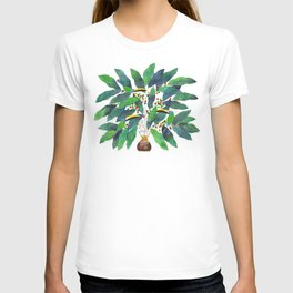 fresh coffee - coffee maker with green toucanet birds on a coffee plant T-shirt