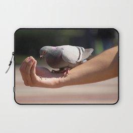 Feeding the pigeon Laptop Sleeve