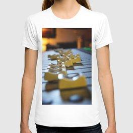 Move Me. T-shirt
