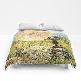 Golden Pockets Comforters