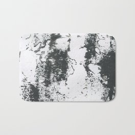 Black/white Bath Mat