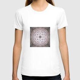 MAUVE MANDALA T-shirt