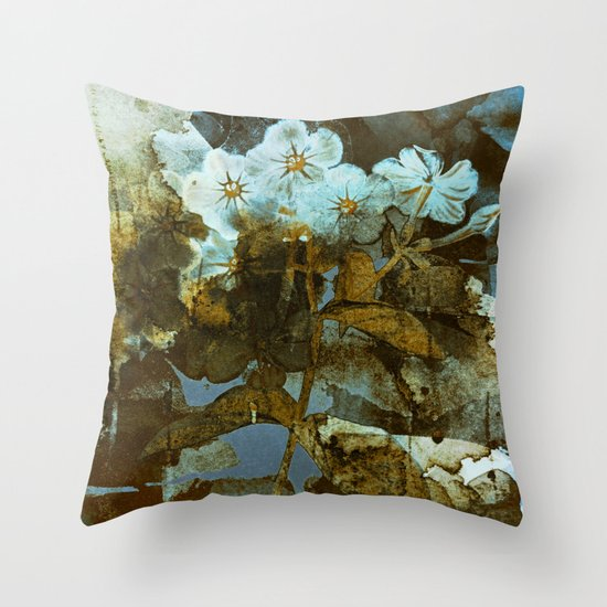 Fower in winter Throw Pillow