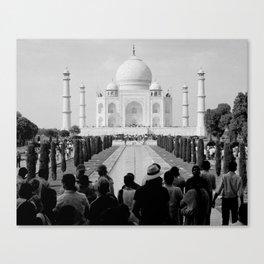 Taj Mahal with people Canvas Print