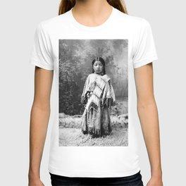 Dakota Sioux Little Girl T-shirt