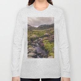Cwm Idwal Snowdonia Eryri Walk Mountain Heather Wales Long Sleeve T-shirt