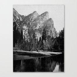 VIEW IN VOSEMITE VALLEY, CALIFORNIA Canvas Print