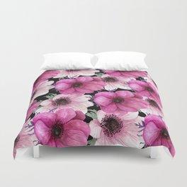 Serenity Garden: Pink Floral Pattern Duvet Cover