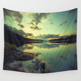 Speaking in silence Wall Tapestry