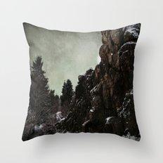 Felsen Throw Pillow