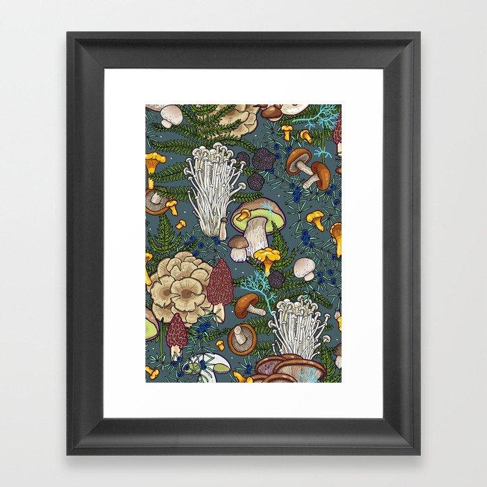 mushroom forest Gerahmter Kunstdruck
