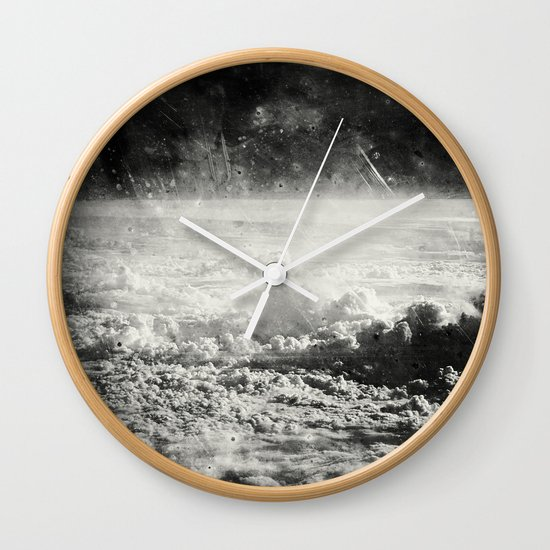 Somewhere Over The Clouds (I Wall Clock
