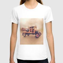 Vintage Model T Wrecker T-shirt