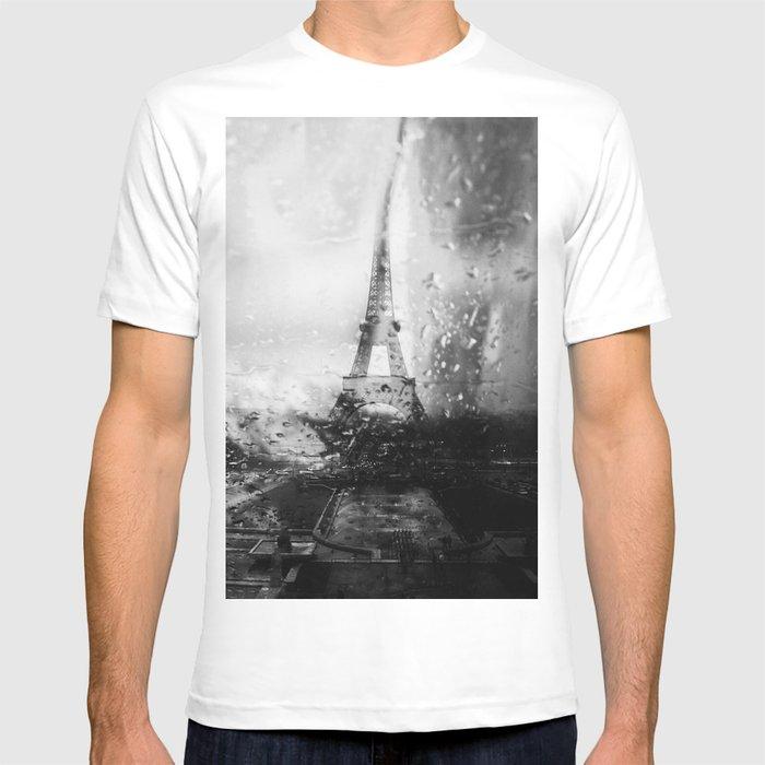 Paris ne finit jamais T-shirt by mosriera