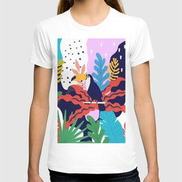 ABSTRACT TROPICAL JUNGLE AND TOUCAN BIRD PATTERN T-shirt