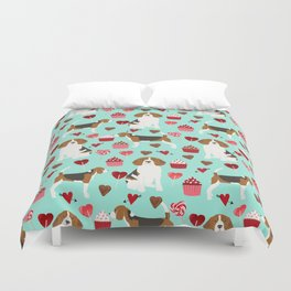 Beagle valentines day cupcakes heart love dog breed must have gifts Duvet Cover