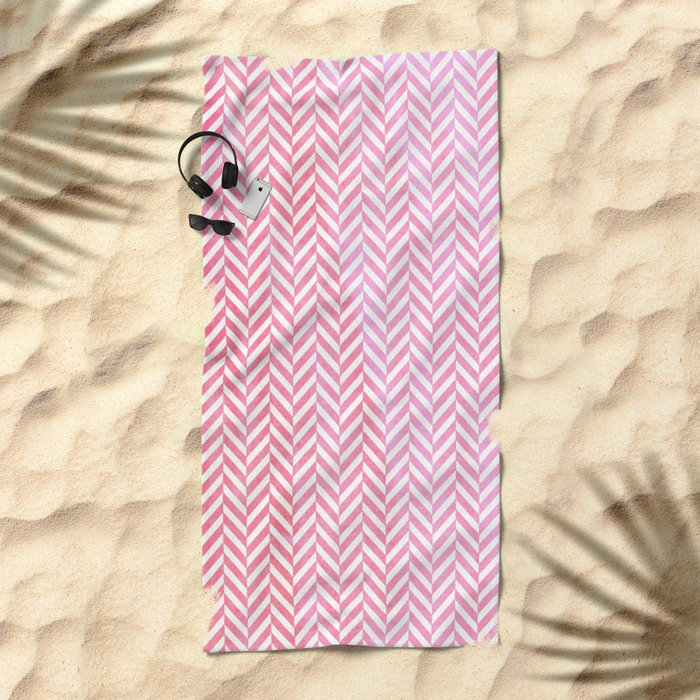 Watercolor Herringbone Chevron pattern - pink on white Beach Towel