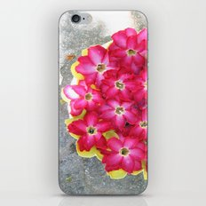 The floweress iPhone & iPod Skin