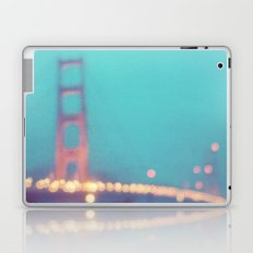 la nuit. San Francisco Golden Gate Bridge photograph Laptop & iPad Skin