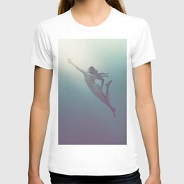 Abstract drawing of a swimming woman T-shirt