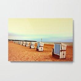 Insel Fehmarn und einsame Strandkörbe Metal Print