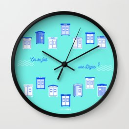 On s'fait une digue? Wall Clock