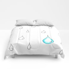 Emphasis by Contrast Comforters
