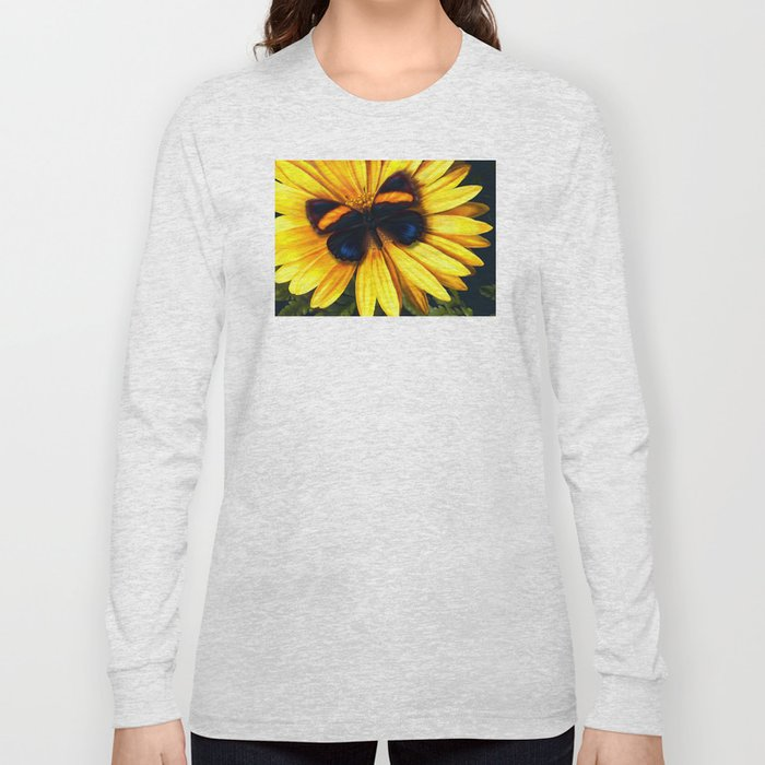 Butterfly on yellow Long Sleeve T-shirt