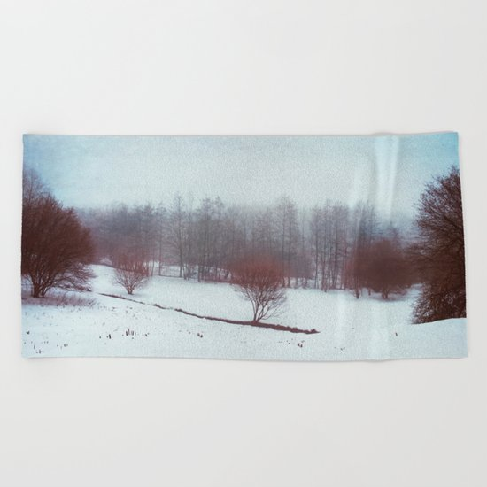 misty winterscape Beach Towel
