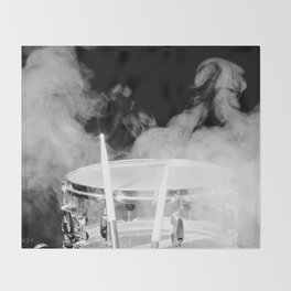 SMOKIN BEAT Throw Blanket