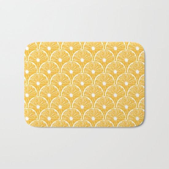 Orange slices, tropical fruit pattern design Bath Mat