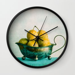 summer kiss Wall Clock