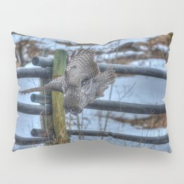 Dive, Dive, Dive! - Great Grey Owl Hunting Pillow Sham