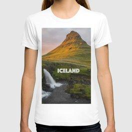 Kirkjufell at Sunset T-shirt