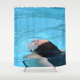 Piscine Fille Shower Curtain