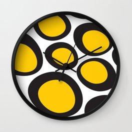 Negro pollito Wall Clock